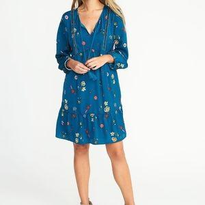 🎉3/$25🎉 Blue Floral Ruffle Swing Dress